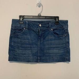 AMERICAN EAGLE OUTFITTERS DENIM MINI SKIRT SIZE 8